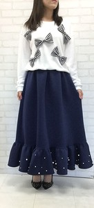 Pearl Attached Plum Switch Long Skirt