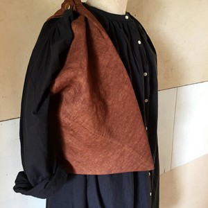 Persimmon -Dyed Linen Black