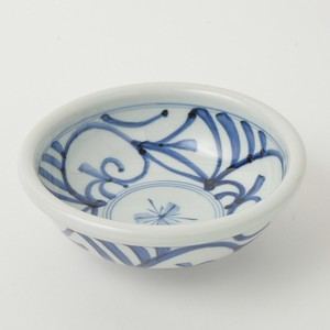 HASAMI Ware Arabesque Donburi Bowl Hand-Painted Pottery Fysm Color