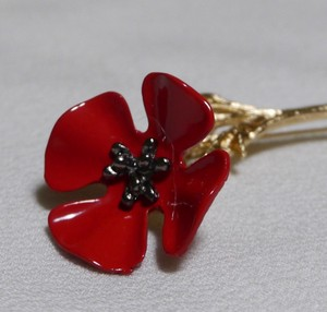 Flower Design Brooch