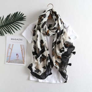 Stole Scarf Large Format Unisex Tassel Attached Animal Leopard