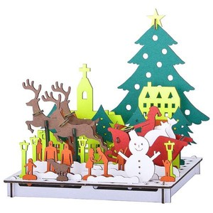Line White Christmas Cardboard Box Craft Kit