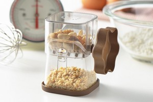 Cooking ware Crusher for Chocolate Nuts  / Handle Color:Brown