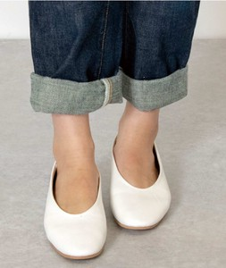 A/W Round Flat Shoes