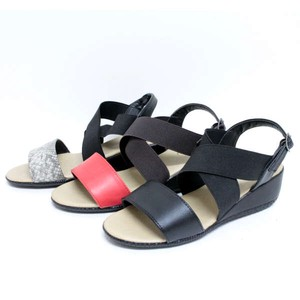 Closs Bi-Color Sandal