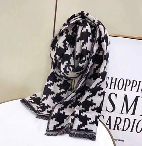 Scarf Poncho Ladies Checkered Thick