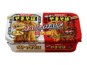 [Cup noodles] Peyoung Sauce Yakisoba Super Large Serving Half & Very Hot