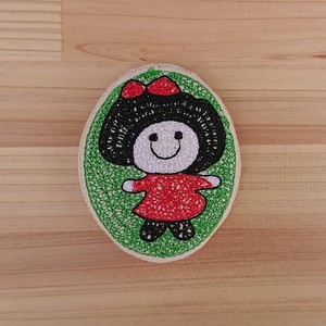 Badge Like Embroidery Brooch Girl