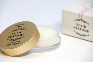 LED and Solid Perfume SO Red Candle Bijou Made in Japan