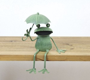 Tinplate Frog Umbrella Sitting