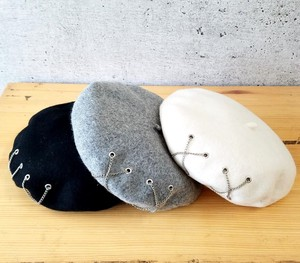 Chain Attached Wool Beret Korea