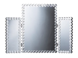 Three-Sided Mirror
