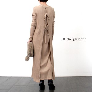Ido Ribbon Attached One‐piece dress.