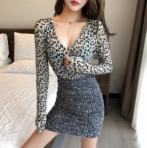Sexy Top Just Body Line Leopard Leopard V-neck