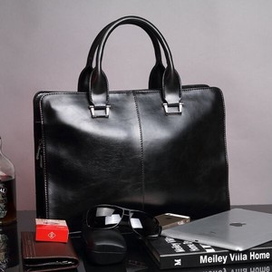Business Bag Fine Quality Leather Bag Diagonally