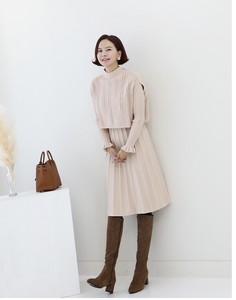 [2019NewItem] Knitted One-piece Dress Cape Set