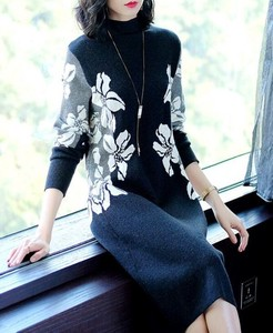 Fine Quality Floral Pattern Knitted Sweater Long Sleeve Knitted Long One-piece Dress