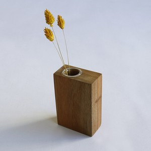 Flower Vases/Flower Stands