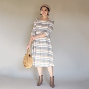 One-piece Dress Olive Green Beige Random Border