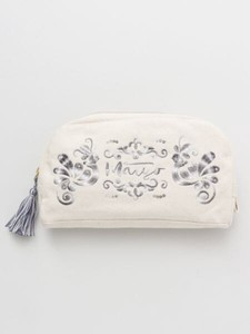 Design Hungary Embroidery Pouch