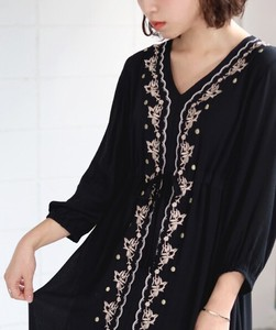 Embroidery Long One-piece Dress