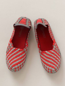Design Checkered Pattern Mesh Pumps