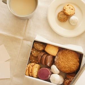 メリリマ クッキー缶(8種詰め合わせアソート)