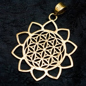 Flower Flower Gold Pendant Head Attached Width 3.5