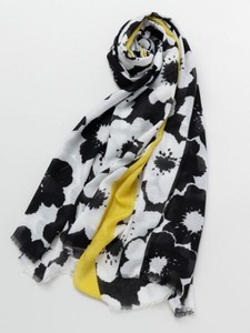 Design Retro Modern Flower Stole