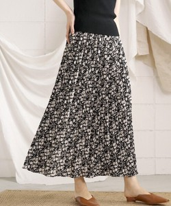 Reserved items Sold Out Reserved items Flower Pleats Long Skirt