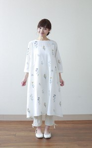 Flower Embroidery One-piece Dress