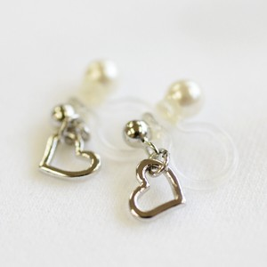 Heart Motif Hall Pierced Earring Earring
