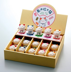 Ornament Feng Shui Beckoning cat Display Set