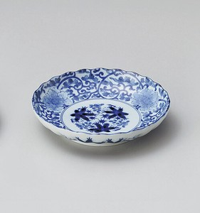Indigo-Dyed Arabesque Plate Porcelain