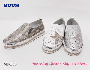 Glitter Punching Slippon Weaving Rhinestone