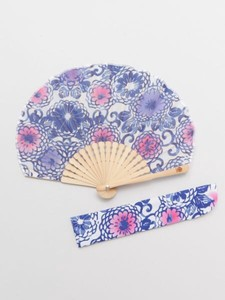 [ 2020NewItem ] Design Arabesque Folding Fan Bag Attached