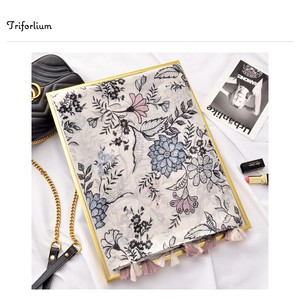 [ 2020NewItem ] Retro Floral Pattern Print Thin Stole