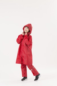 ★NEW★KIDS OUTDOOR PRODUCTSパーカー ☆収納袋付き【通学】