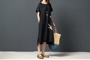 Loose Crew Neck Middle One-piece Dress