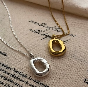 Oval Necklace Deformation