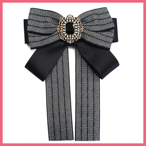Bijou Chief Herringbone Ribbon Brooch