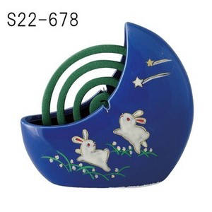Japanese summer features Ornament Interior Mosquito Coil Stand Good Friends Rabbit Blue