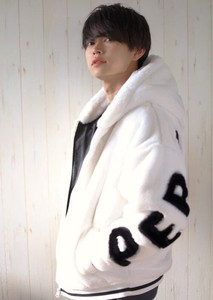 Straight Line Fur Hoody Long Sleeve Hoody