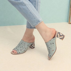 [ 2020NewItem ] 3 Colors Genuine Leather Flower Motif Mule