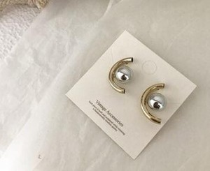 Color Scheme Ball Pierced Earring