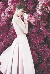 ■ポスター■610X915mm★Audrey Hepburn -DRESS