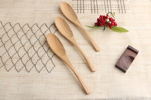 Flower Word Happiness Fine Quality Wood Grain Natural Characteristic Dark Red Multi Spoon