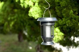 【1台で3つの機能】ソーラー蚊取り LEDランタン