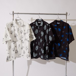 S/S Repeating Pattern Flower Print Big Short Sleeve Shirt