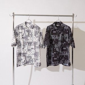 S/S Repeating Pattern Bandana Print Big Short Sleeve Shirt